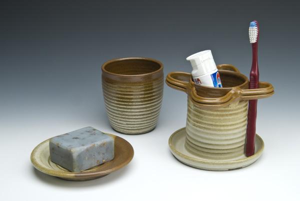 Bath sommerville pottery